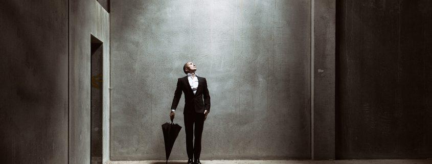 joerg-heidenberger-photo-international-maninblack